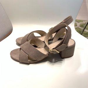 Tan/taupe Block Heel Sandals. Size 6.